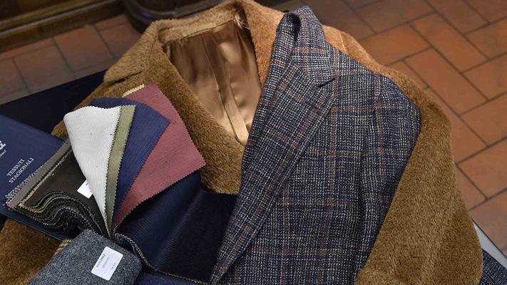 Ulster e Giacca Caruso Collezione Autunno Inverno 2017/ 2018|campionario colori uomo autunno inverno 2017 2018|cappotto modello ulster color cammello