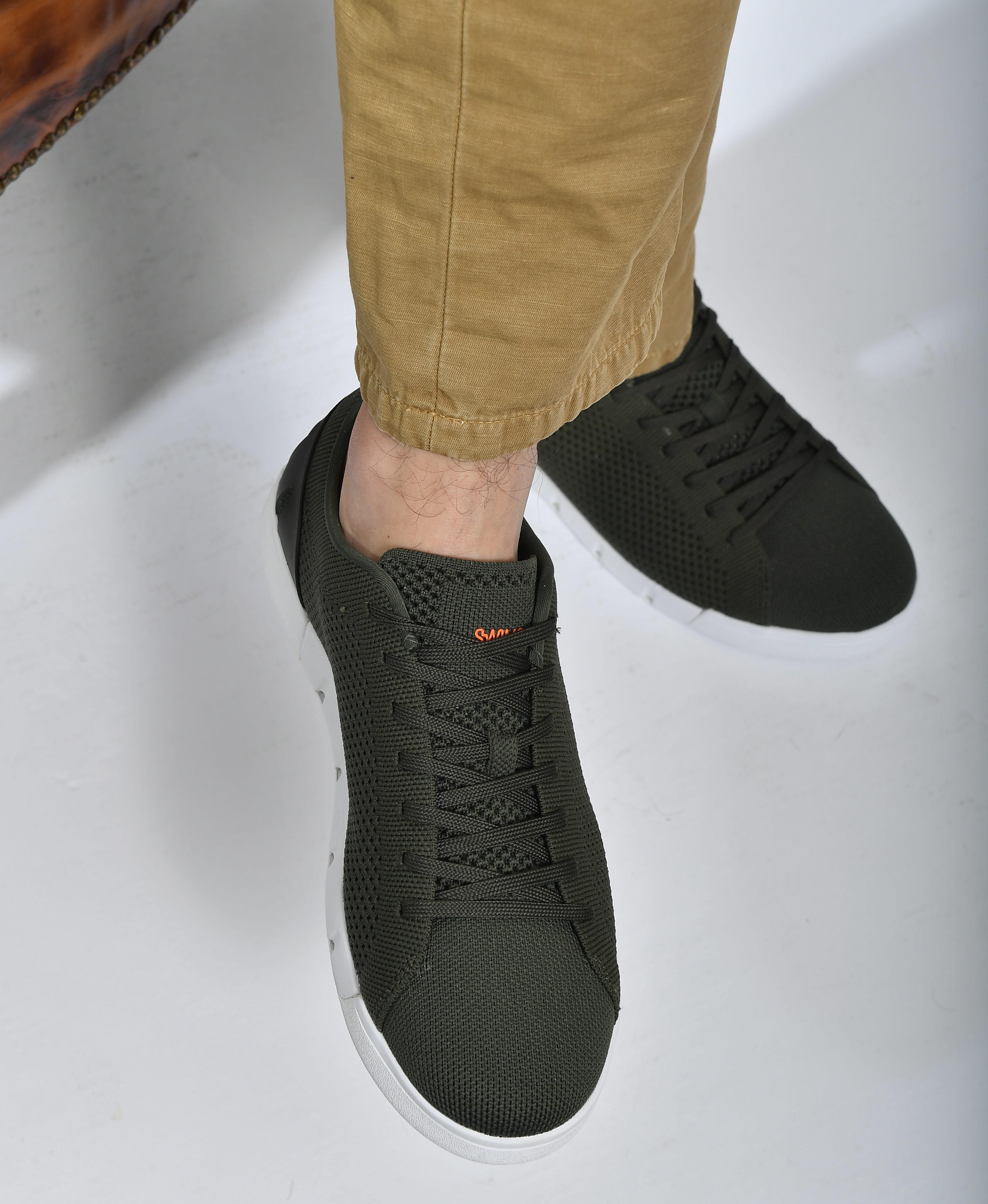 sneaker with ghost socks